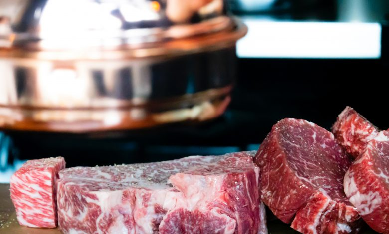 Beef Sees Stronger Sales Than Chicken, Report Says