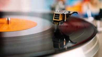 Vinyl Records Sales Higher Than CD Sales; Streaming Remains King