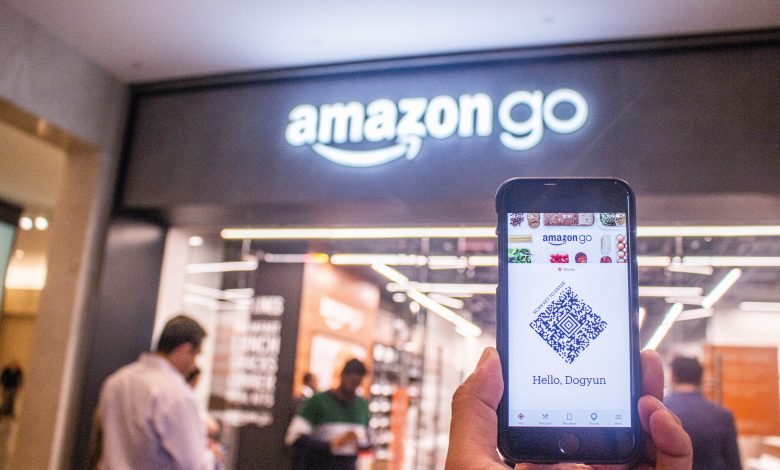 Former Amazon Finance Manager Accused of Illegal Trading